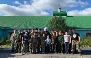 Митрополит Митрофан совершил молебен на начало воинской учебы в православном патриотическом клубе.