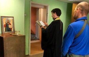 Руководитель социального отдела Мурманской епархии посетил место обустройства нового Кризисного центра