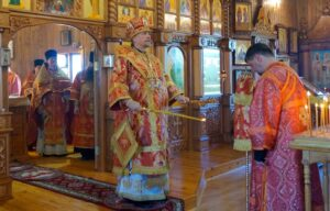 Северяне молитвенно отметили 102-ю годовщину убийства Царственных страстотерпцев