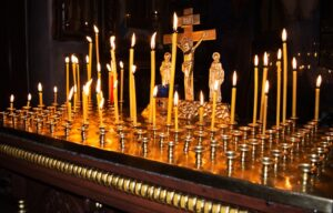 В Мурманской епархии совершены заупокойные богослужения о погибших в результате автомобильных катастроф