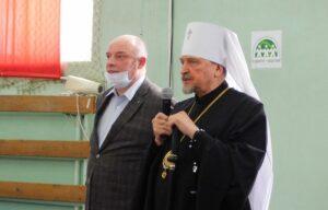 Митрополит Митрофан принял участие в открытии спортивного фестиваля «Весенняя капель»