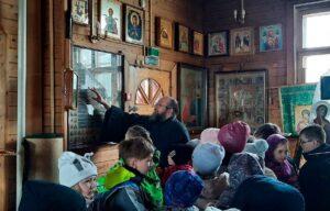 Экскурсия по Свято-Троицкому храму г. Полярные Зори