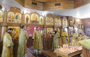 Архиерейское богослужение в обновленном храме Новомучеников и Исповедников Церкви Русской