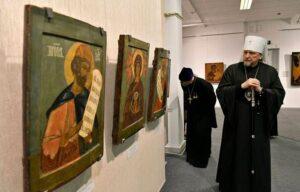В Мурманске открылась уникальная выставка древних икон из Ковды